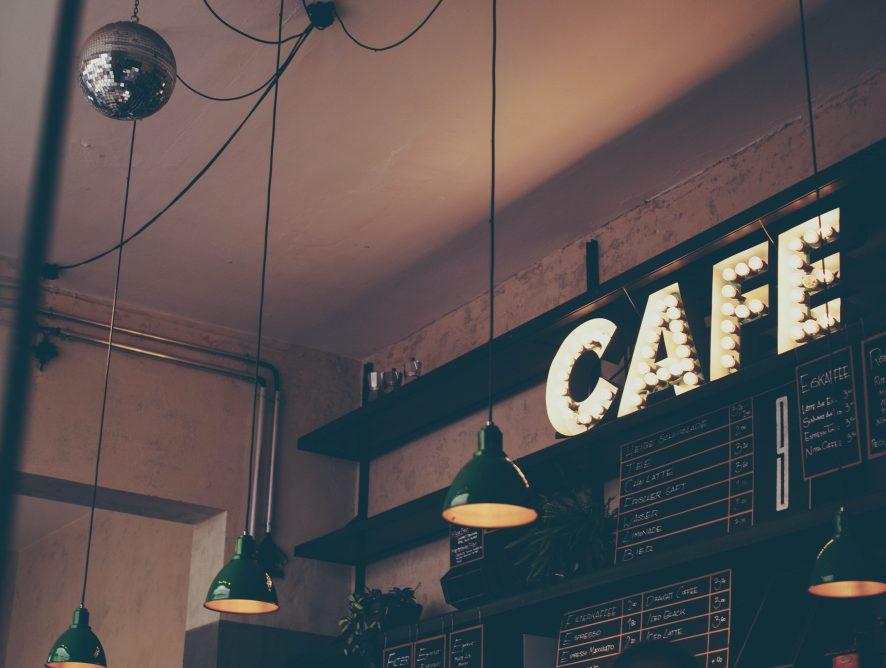 """2020 - powrót """"kawiarni internetowych"""""""